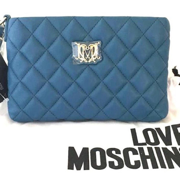 6b858d06108e NWT Love Moschino Quilted Leather Wristlet Clutch
